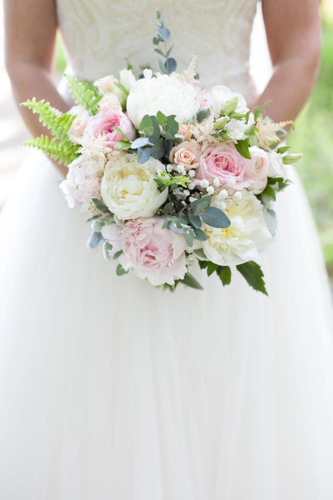 bridal bouquet blushes blues rustic style